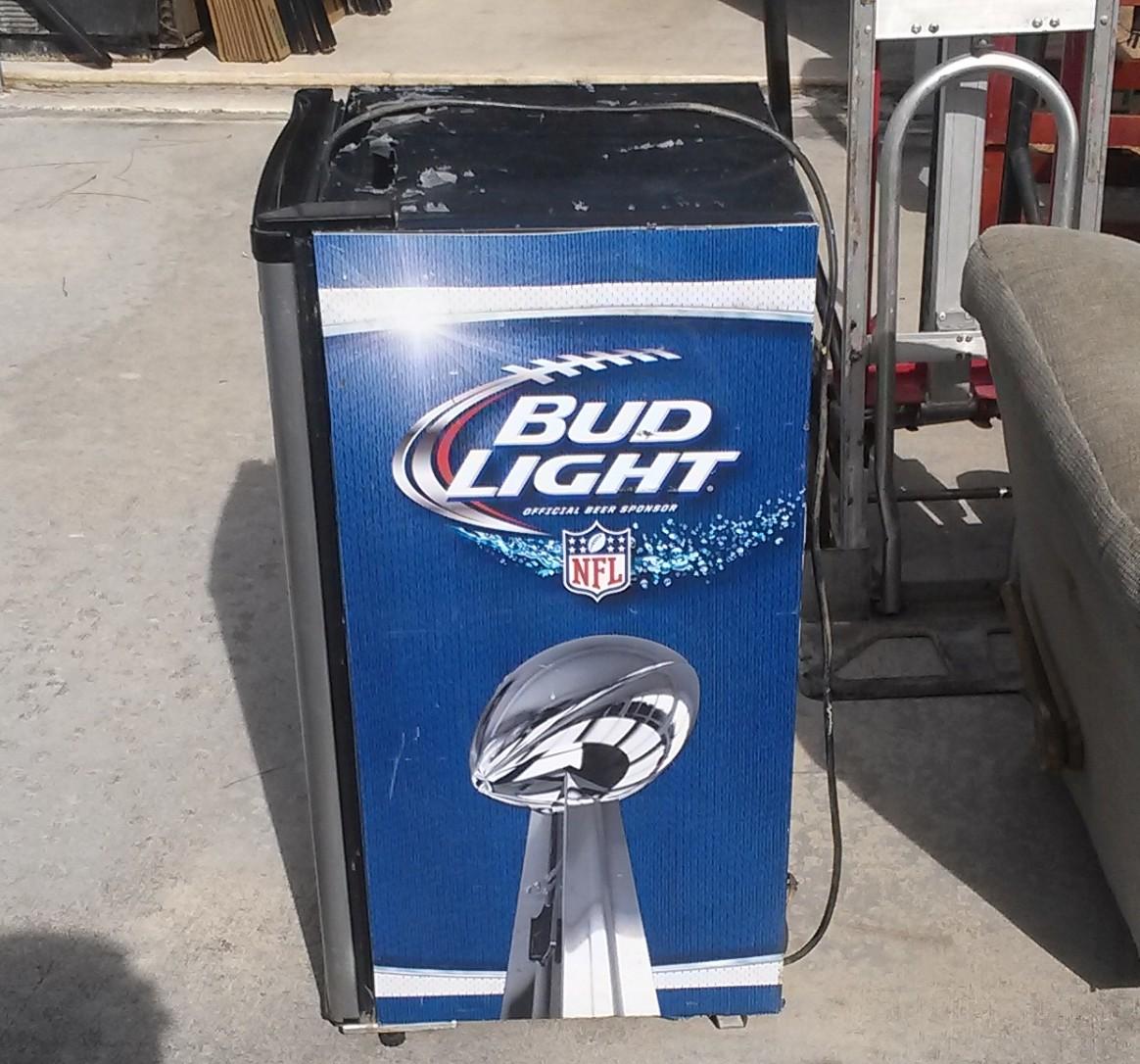 Bud Light Cooler Frig